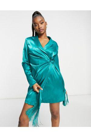 Saint Genies Mujer Cortos - Blazer dress with fringe detail in emerald green