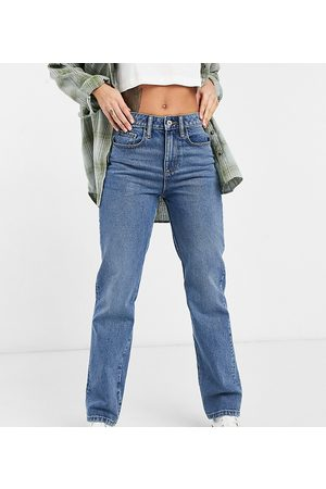 COLLUSION X000 Unisex 90s straight leg jeans in mid wash blue
