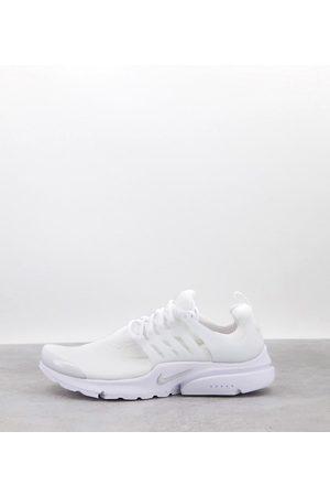 Nike Air Presto trainers in white