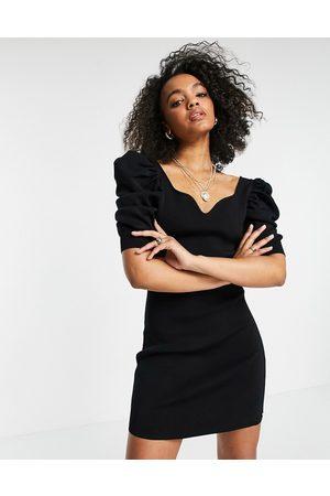 Morgan Knitted sweetheart neck puff sleeve midi dress in black