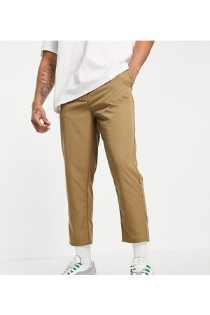 Reclaimed Hombre Chinos - Inspired cropped relaxed trouser in khaki