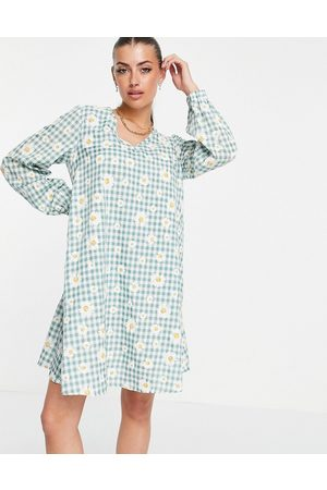 VILA Mujer Casuales - Mini smock dress with balloon sleeves in daisy check print