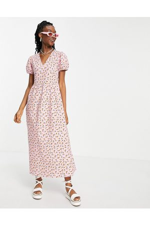Wednesday's Girl Mujer Maxi - Maxi dress with puff sleeves and full skirt in pretty floral
