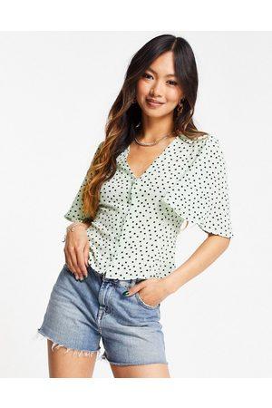 ASOS Mujer Manga corta - Short sleeve tea blouse in mint spot