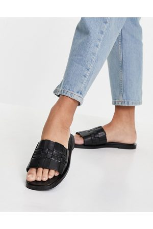 Schuh Mujer Sandalias - Tease leather woven slide sandals in black