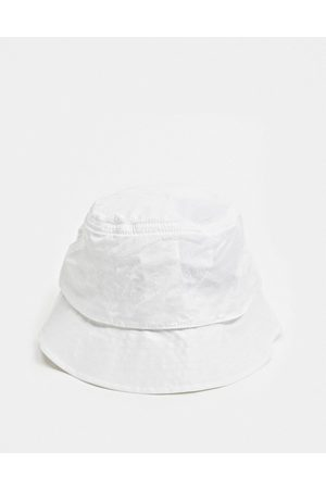 Columbia Punchbowl Vented bucket hat in white