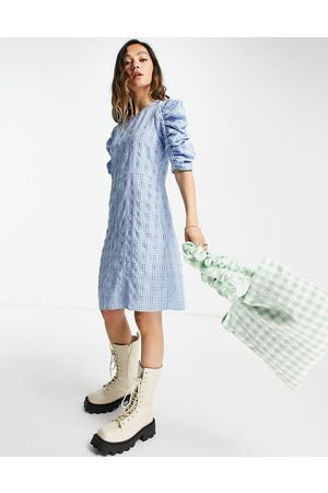 ONLY Mujer Casuales - Textured mini dress with ruched sleeves in blue check
