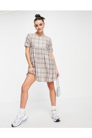 Urban Threads Mujer Casuales - Smock mini dress in neutral check print