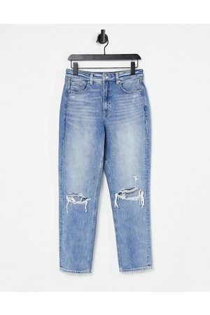 AMERICAN EAGLE Mujer De cintura alta - Mom jeans with ripped knees in mid wash blue