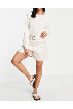 Unique 21 Belted satin shorts in white co