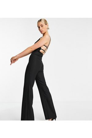 Vesper Mujer Largos - Square neck jumpsuit with wide legs in black