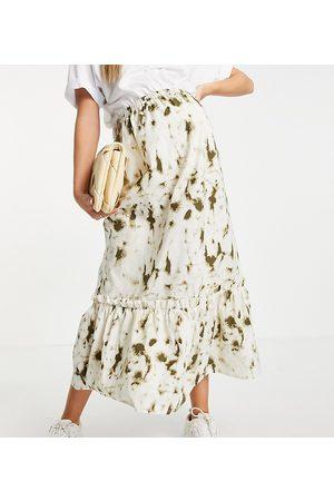 Mama Licious Mamalicious midi skirt in print
