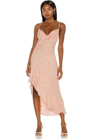 Camila Coelho Vestido lencero otavia en color talla M en - Blush. Talla M (también en XXS, XS, S).