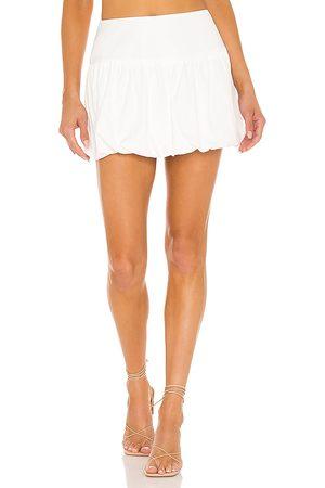 Amanda Uprichard Falda heidi en color talla L en - White. Talla L (también en XS, S, M).