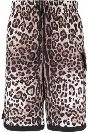 Dolce & Gabbana Bermudas con estampado de leopardo y logo DG