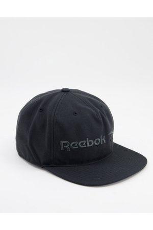 Reebok Classics vector logo cap in black