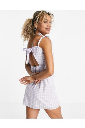 VIOLET ROMANCE Mujer Cortos - Tie back mini dress in lilac gingham