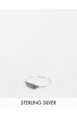 The Status Syndicate Status Syndicate sterling silver feather ring