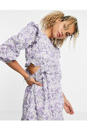 VIOLET ROMANCE Cotton poplin mini dress with cut out sides in ditsy floral
