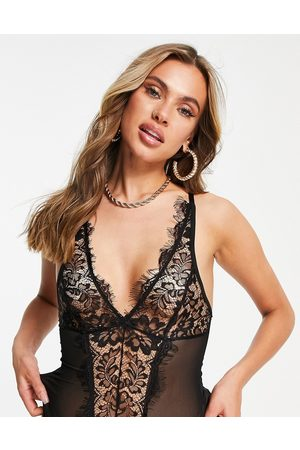 Love & Other Things Lace v body in black