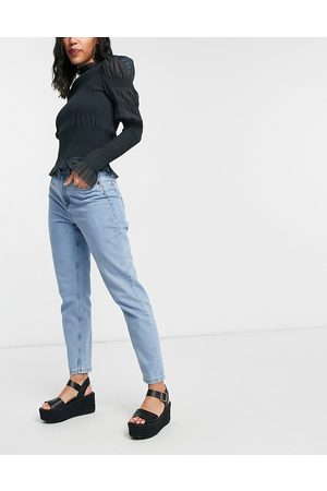 Noisy May Mom jeans in light blue wash