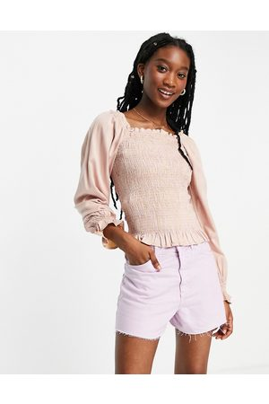 Pieces Shirred puff sleeve top in pale pink ditsy floral