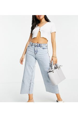 Only Petite Sonny cropped wide leg jeans with high waist in light blue