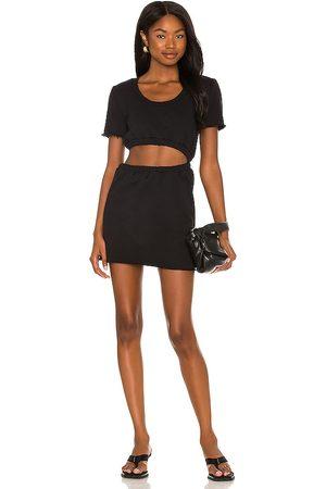 Lovers + Friends Vestido cutout en color talla L en - Black. Talla L (también en XXS, XS, S, M, XL).