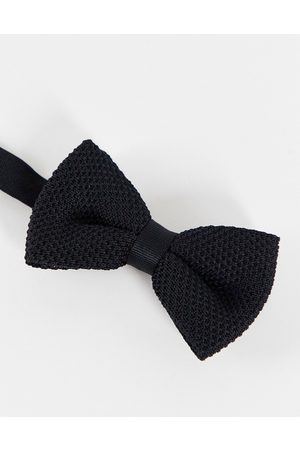 ASOS Knitted bow tie in black
