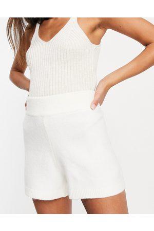 Pretty Lavish Soft knit shorts co