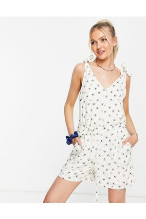 Pieces Tie sleeve playsuit in cream ditsy floral