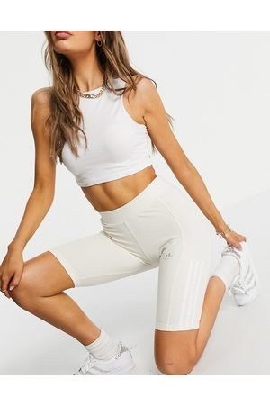 adidas Adicolor no dye legging shorts with pearl three stripes