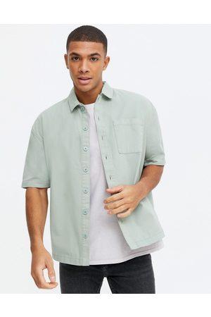 New Look Short sleeve boxy shirt in light green