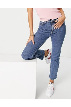 & OTHER STORIES Favourite organic cotton blend straight leg mid rise cropped jeans in vikas blue
