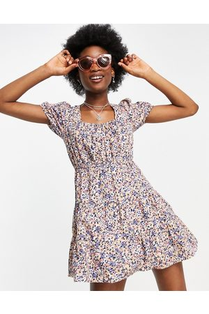 Influence Tiered smock dress in floral