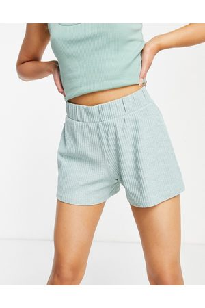 ONLY Ribbed jersey short in green