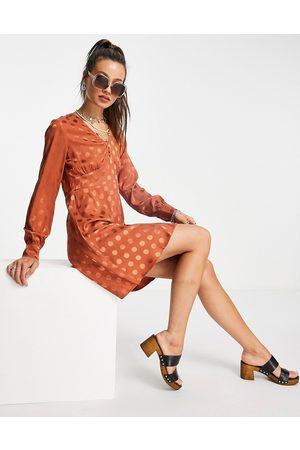 VERO MODA Satin polka skater dress in brown