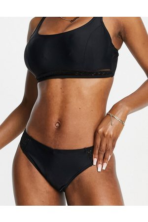 Pour Moi Fuller Bust Sahara high leg bikini bottom in black