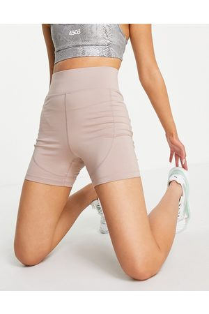 Pink Soda Rezi 5in shorts in taupe
