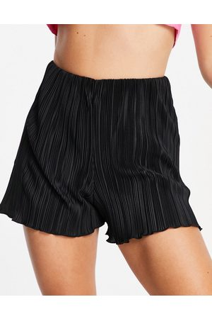 Monki Mujer Shorts - Taylor recycled polyester plisse shorts in black