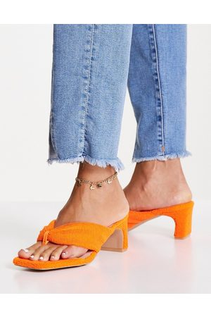 Raid Naryn toe post sandals in orange towelling