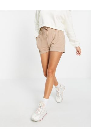Pieces Shorts with paperbag waist in camel