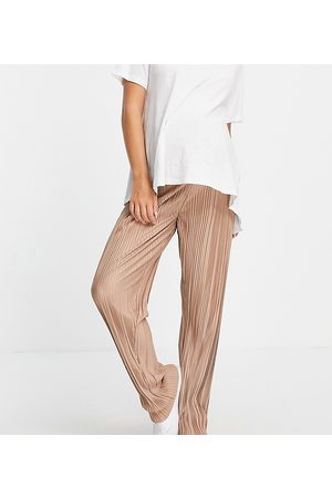 Missguided Maternity Plisse wide leg trouser in brown