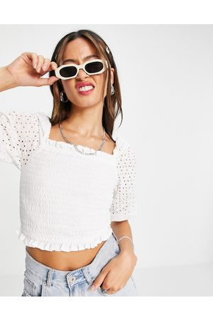 VIOLET ROMANCE Shirred crop top with broderie sleeves in white