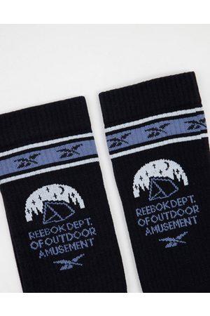 Reebok Classics camping logo crew socks in black