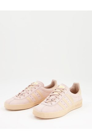 adidas Adidas Orignals Broomfield trainers in dusty pink