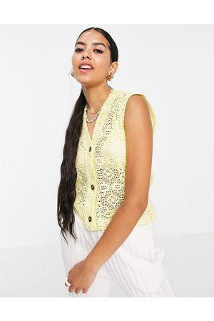 Monki Maja knitted vest in yellow