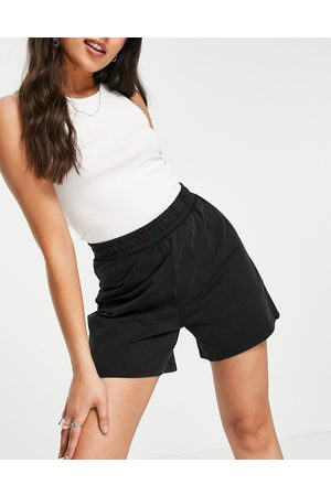 ONLY Organic cotton blend jersey short in black