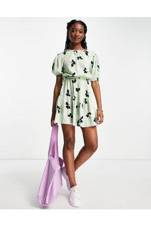 Influence Mini floral print dress in green