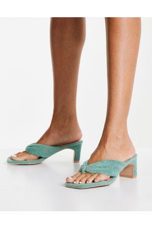 Raid Naryn toe post sandals in sage towelling